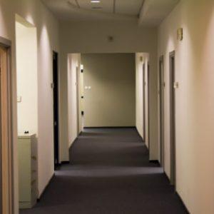 czysto korytarz
